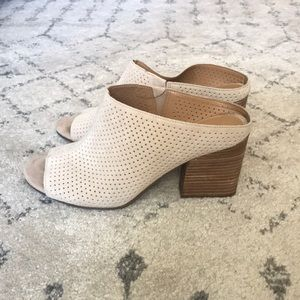 ✨ Franco Sarto Block Heeled Slide Sandal ✨